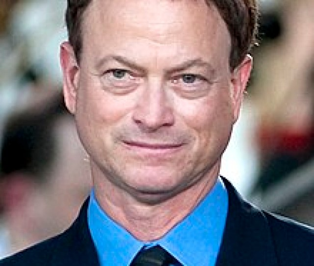 Gary Sinise 2011 Cropped Jpg Sinise In May 2011 Born