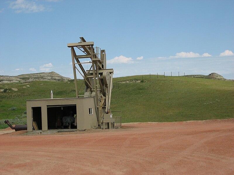 Oil Pump North Dakota.jpg