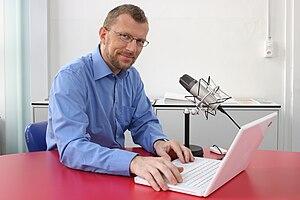 English: Juerg Vollmer, Journalist Deutsch: Jü...