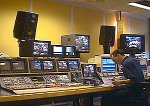 English: High end linear editing suite, 1999.