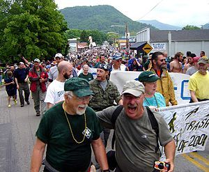 The hiker parade at Trail Days 2006 in Damascu...