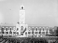 Piazza del Popolo, a Littoria (oggi Latina), dopo l'inaugurazione nel dicembre 1932