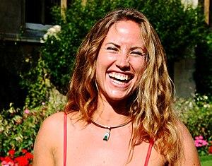 laughing woman Svenska: skrattande kvinna