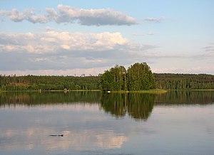 English: Lake Halkjärvi, Somero, Finland. A sm...