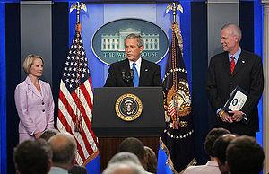 Dana Perino, George Walker Bush and Tony Snow.