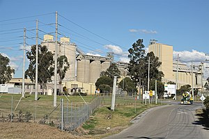 English: Boral Cement Works, Maldon, NSW Austr...