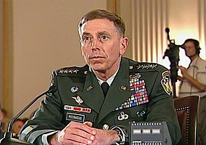 Gen. David Petraeus, the top U.S. military com...