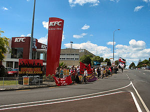 Balmoral KFC workers and allies picketing the ...