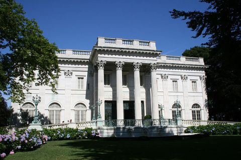File:Marble House in Newport 02.jpg