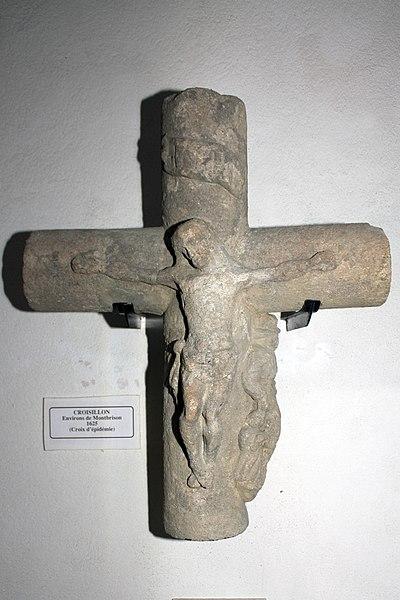 File:Montbrison-La Diana-20110209-Croix d'épidémie.jpg