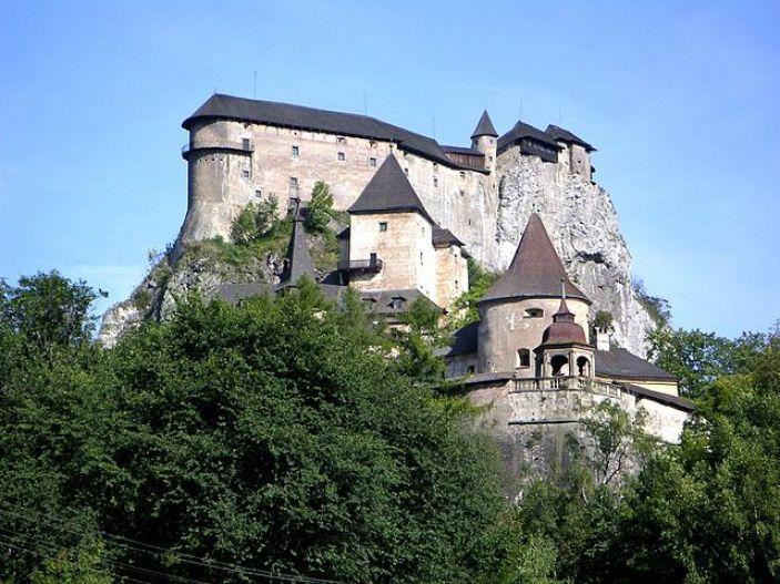 Orava castle Oravský hrad travelling to slovakia