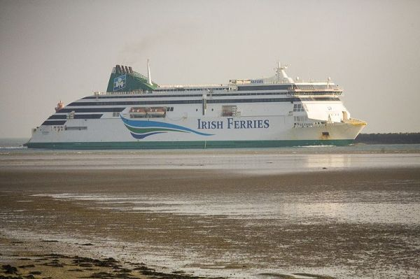 World's largest ferry sails up Thames River to promote ...