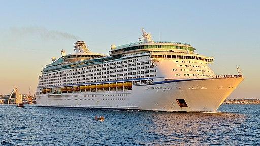 Explorer of the Seas, Fremantle, 2015 (03)
