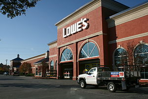 English: Lowe's Home Improvement Center #487 w...