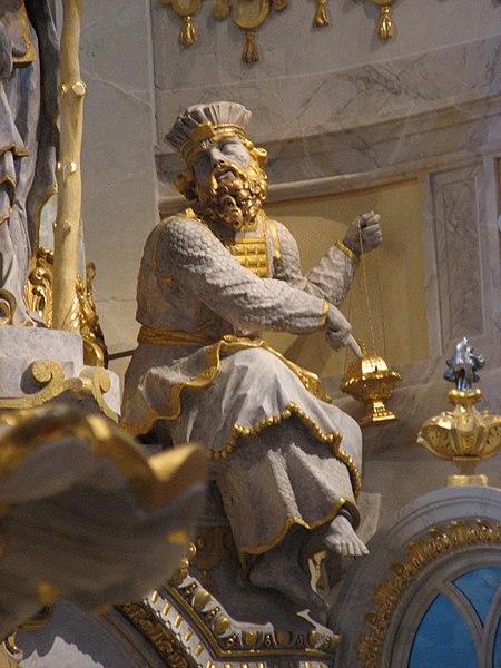 File:DD Frauenkirche Aaron.jpg