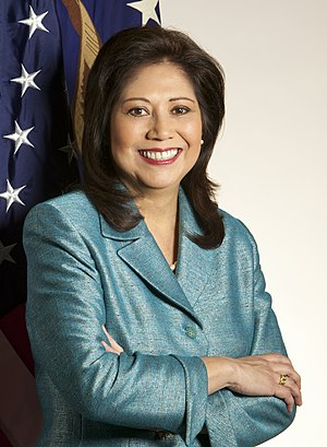 Official portrait of Secretary of Labor Hilda ...