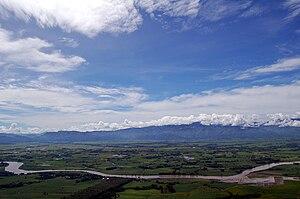The Pulangi River, winding thru the Maapag Pla...