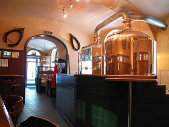 English: This photo shows Wieden Bräu, a typic...