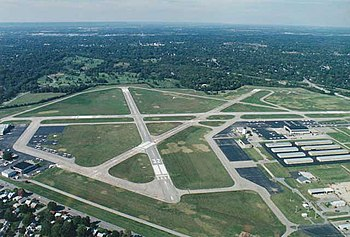 Bowman Field Airport (KLOU) in Louisville, Ken...