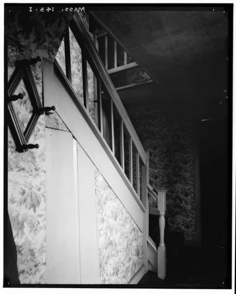 Historic American Buildings Survey, Arthur C. Haskell, Photographer. 1935. (i) Int-Old Staircase in Ell, south side entrance. - Nathan Dean House, Old Colony Road, East Taunton, HABS MASS,3-TAUTE,1-9