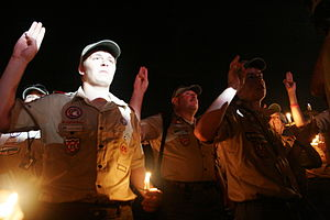 Scouts reaffirm the scout oath at the 2007 Wor...