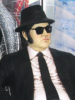 Jake Blues (John Belushi)