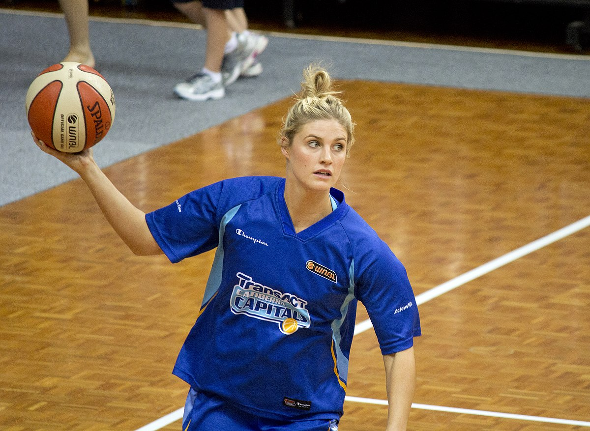 Molly Lewis Basketball Wikipedia