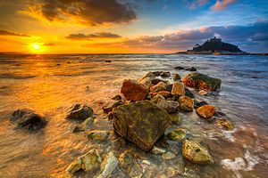 December sunrise over Mount's Bay, Marazion, C...