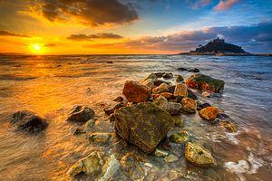 December sunrise over Mount's Bay, Marazion, C...