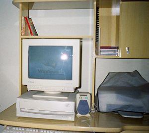 IBM Aptiva 486 booting Windows 95