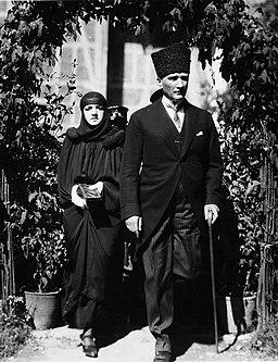 Latife Hanım ve Mustafa Kemal