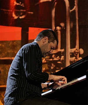 Lucian Ban at Jazzy Spring 2007 Hierogliphycs ...