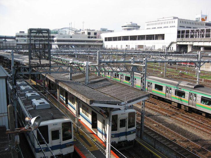 Omiya Station whole view.jpg