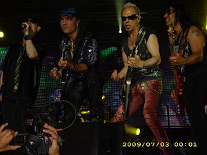 English: Scorpions in Kavarna 2010 Български: ...