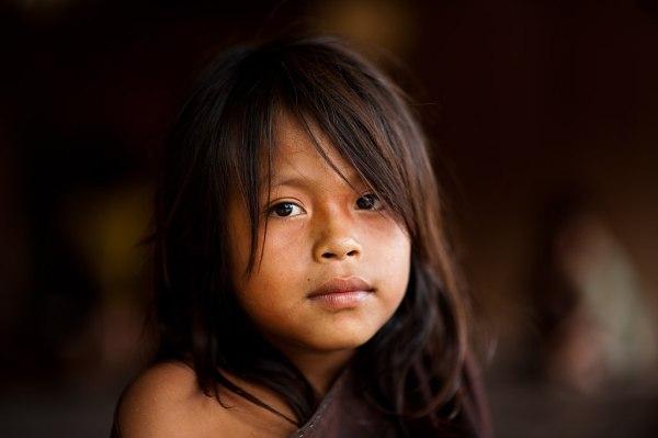 File:Young Ashaninka girl in an Apiwtxa village, Acre ...