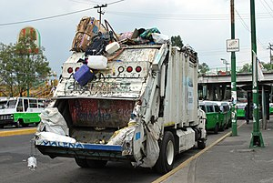 Garbage truck in Mexico City
