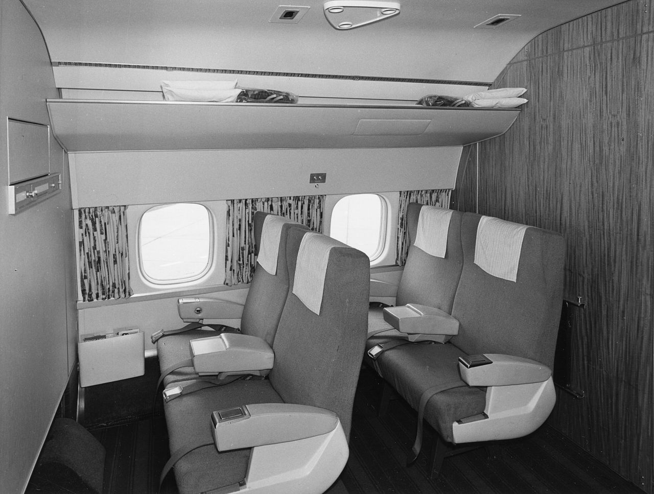 FileSAS DC 8 33 Interior And Design Before Delivery