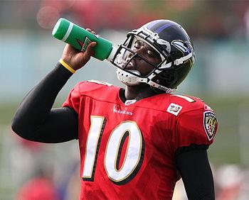 NFL Football player Troy Smith drinking Gatora...