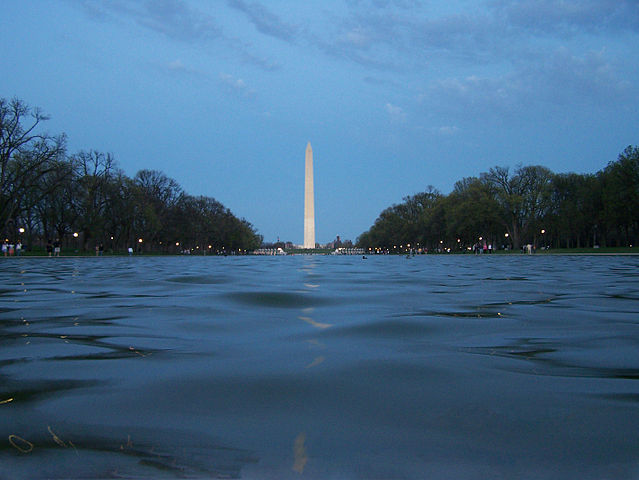 Washington Monument Reflecting pool