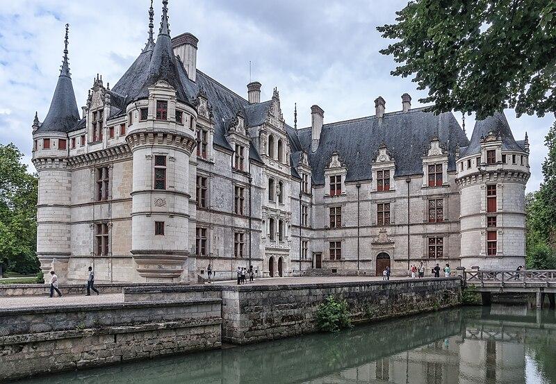 Chateau-Azay-le -Rideau-CourtInterieure