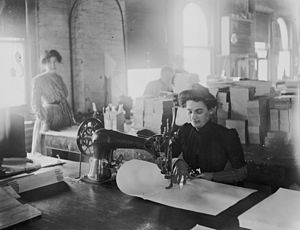 English: Turn of the century sewing in Detroit.