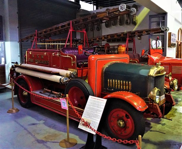 1934 Dennis 300 400 Pumper Fire Engine - Joy of Museums