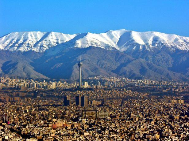 Aerial View of Tehran 26.11.2008 04-35-03