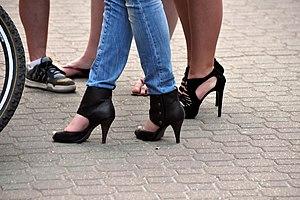 Skinny Jeans + High Heels Español: Pantalón pi...