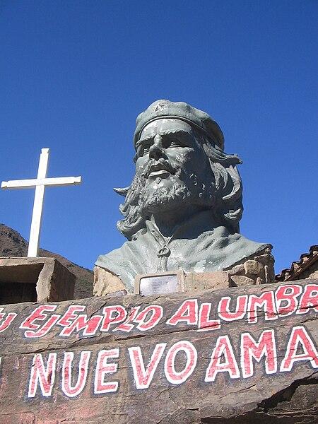 קובץ:Statueduchelahiguera.jpg
