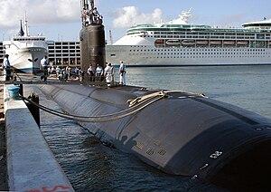 English: Port Everglades, Fla. (Apr. 26, 2004)...