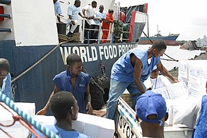 World Food Programme unloads humanitarian aid ...