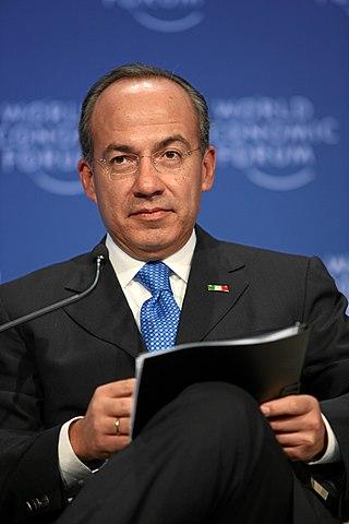https://i1.wp.com/upload.wikimedia.org/wikipedia/commons/thumb/9/9e/Felipe_Calderon_20090130.jpg/320px-Felipe_Calderon_20090130.jpg
