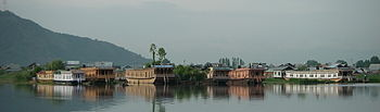 English: Houseboats (Nagin Lake, Srinagar, Jam...
