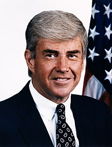 Pro (american) footballer, NY senator and one time vice presidential candidate Jack Kemp